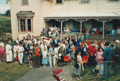 140th Fencible Reunion showing descendants outside Puhinui after the Church Service.; 25 October 1987; P2021.155.06