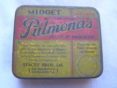 Pulmona's medical container. Painted metal tin (Ye...