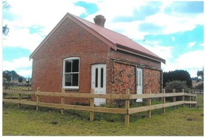 Brickmaker's cottage at Whitford; La Roche, Alan; 1/02/2013; 2017.066.09