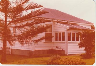 A house in Howe Street, 1981; 1981; 2018.014.01