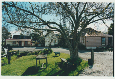 Brindle Cottage, the Courthouse and Eckfords; Eastern Courier; 1/12/2000; 2019.120.01
