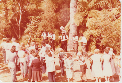 West Auckland Fast Draw Club at the opening of the Howick Historical Village.; 8/03/1980; 2019.100.68