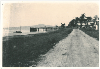 Bucklands Beach Wharf and foreshore; c1920; 2017.033.87