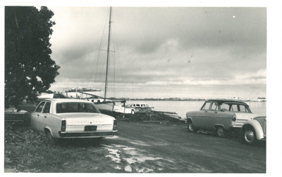 Granger Point, Bucklands Beach White family picnic at Bucklands Beach; Fairfield, Geoff; c1960; 2016.624.30