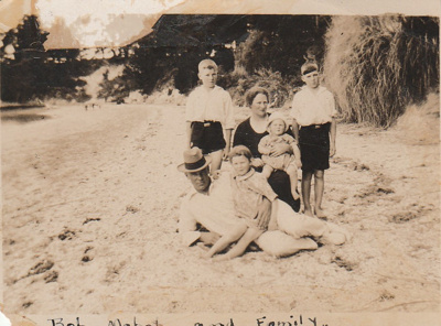 Hattaway family at Beachlands. 1928  ; 1928; P2021.165.01