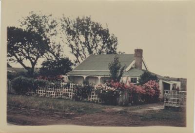 Gill Farmhouse in Pakuranga; Hattaway, Robert; 1/01/1982; 2018.118.47