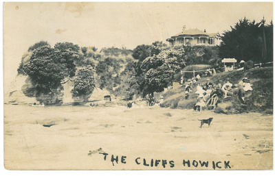 The Cliffs, Howick Beach; c1910; 2016.508.02