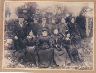 """50th Fencible Reunion showing descendants who arrived on """"Sir Robert Sale"""" 1897.; 25 October 1897; P2021.156.01"""