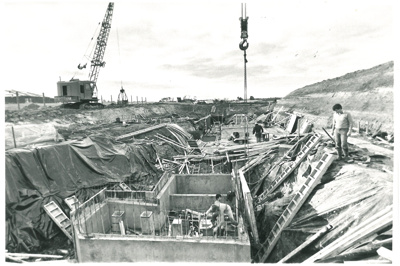 Lloyd Elsmore Pool Construction; Eastern Courier; 1/06/1986; 2016.478.74