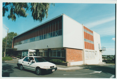 Howick Library at 16 Fencible Drive; Pre October 2001; 2017.630.48