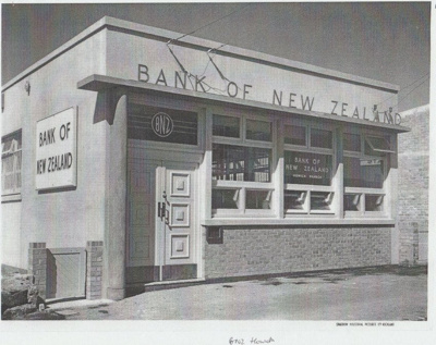 Bank of New Zealand, Picton Street; Sparrow Industrial Pictures, Auckland; 1955; 2018.009.98