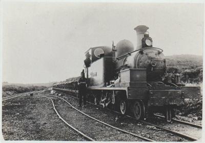 Train with a load of quartz; 2017.456.00