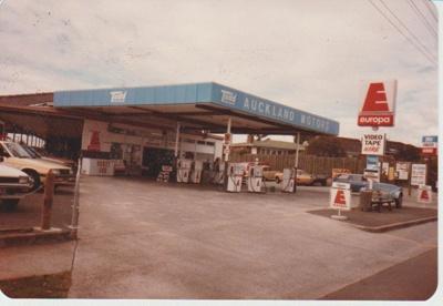 Auckland Motors, 1980; 1980; 2017.461.07