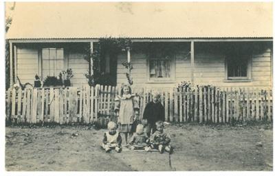 Otara Cottage, East Tamaki; 1900; 2017.176.70