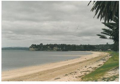 Eastern Beach looking east c1990; Ashby, Muriel; c1990; 2017.048.12