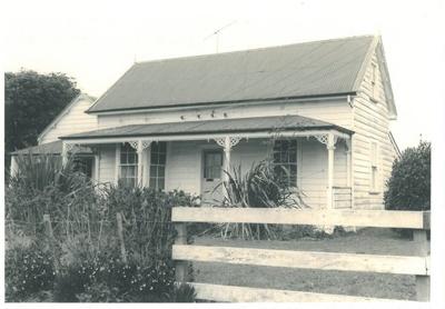 Willowbank cottage, c.1980; c1980; 2017.158.40