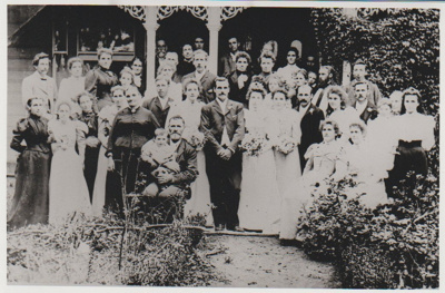 James Ballantyne and Beatrice Mary Tebbutt's wedding party; 23 April 1895; 2018.330.15