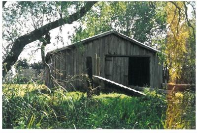 The barn at Hawthorndene; La Roche, Alan; c2000; 2016.304.01