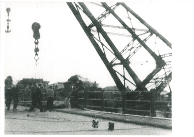 Mahua crane demolishing Panmure bridge; 1959; 2017.285.23