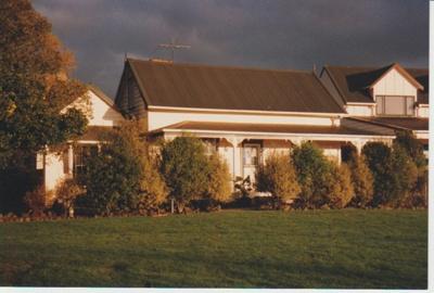 Willowbank Cottage, East Tamaki; La Roche, Alan; 2005; 2018.168.85