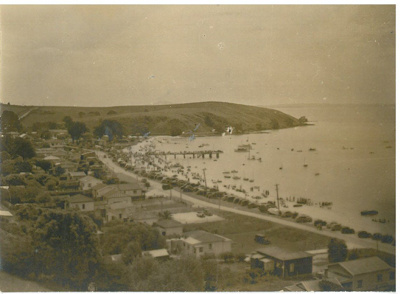 Camping on Maraetai Beach 1934; Isa, A; c1950; 2017.303.58