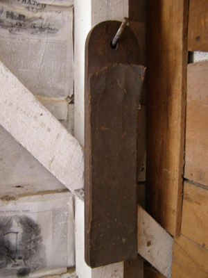 wooden knife sharpener - Razor strop