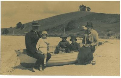 The Hattaway family on Mararetai beach, 1926.; 1/12/1926; 2017.312.67