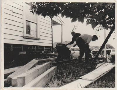 Shamrock Cottage.; La Roche, Alan; 22/06/1968; 2018.035.03A