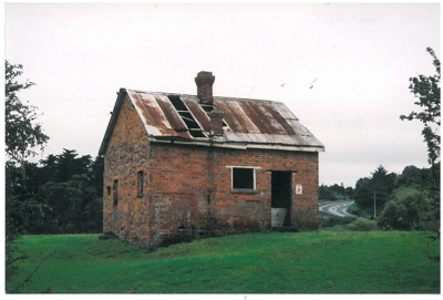 Brickmaker's cottage at Whitford; La Roche, Alan; 1/01/2005; 2017.066.05