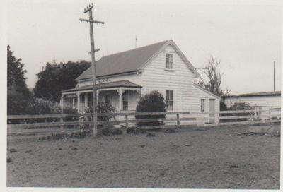 Willowbank Cottage, East Tamaki; 1980; 2018.167.85