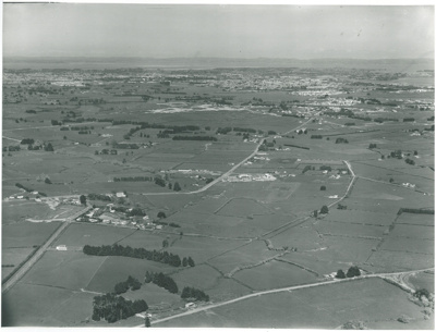 Aerial view of Pakuranga; Air Logistics (Whites Aviation); 18.9.1962; 2016.490.88