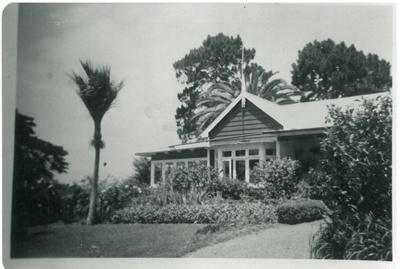Fowell's homestead, Broomfields Road; c1980; 2017.112.72