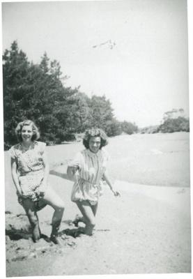 2 girls playing in Pakuranga Creek; Hattaway, Robert; c19322; 2016.267.47