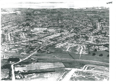 Aerial view of Papatoetoe; Whites Aviation; 1960s; 2017.191.86