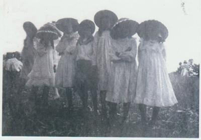 A group of girls at a Pakuranga School Picnic.; 2019.031.01