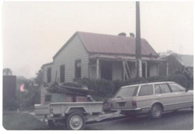 The Wong 1860 cottage, Onehunga; La Roche, Alan; 1/09/1983; 2017.173.69