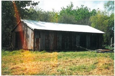 The barn at Hawthorndene; La Roche, Alan; c2000; 2016.304.04