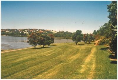 Rotary walkway at Farm Cove.; Tudehope, T; 1978; 2016.503.03