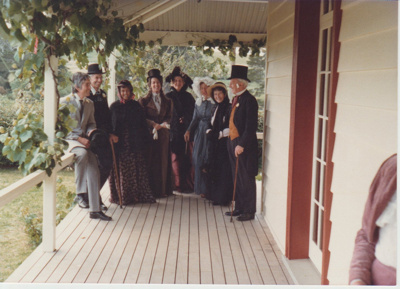 Nelson Blake and others at Bell House.; Auckland Star (Harold Paton); 20/11/1976; 2018.057.52