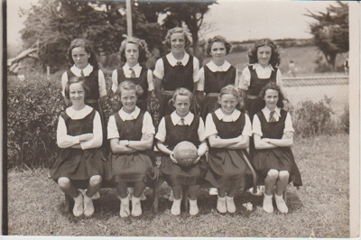 Howick District High School Primary A basketball team; Sefton, William John, Penrose; 1946; 2019.071.28