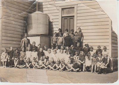 Pupils of Flat Bush School; 1930-1940; 2019.059.01