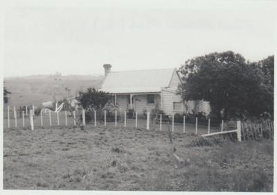 Ambrose Trusts's cottage; La Roche, Alan; 1/11/1982; 2018.149.08