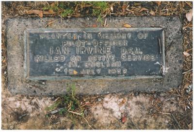 Memorial to Ian Irvine; La Roche, Alan; 2016.324.86