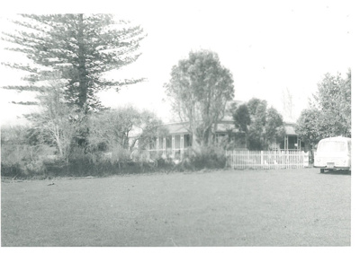 Hawthorn Farm; La Roche, Alan; 1969; 2016.287.71