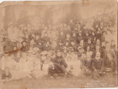 50th Fencible Reunion in 1897 showing families in a group photograph. ; 1897; P2021.155.01