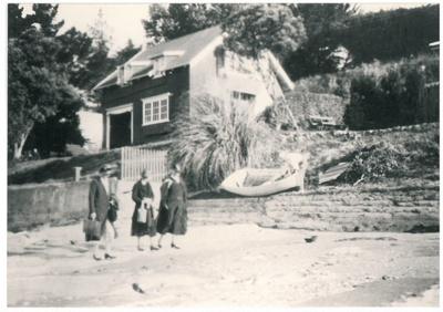 Howick Beach, 1934; Wilson, W T; 1934; 2016.539.44