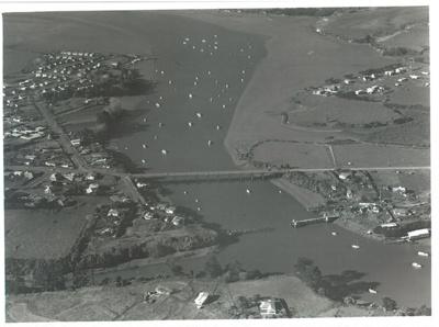 Pakuranga aerial; Eastern Courier; 1949; 2016.451.46