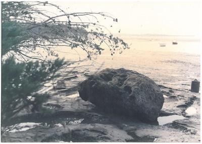 Anchor stone in the Turanga River; La Roche, Alan; 2017.078.21
