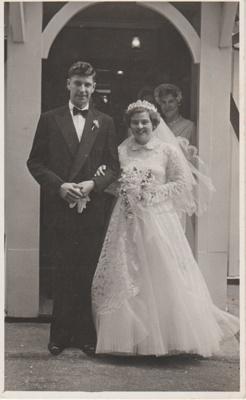 Mary Brickell's wedding day; Amy Harper Studios, Queen Street, Auckland; 2018.311.08