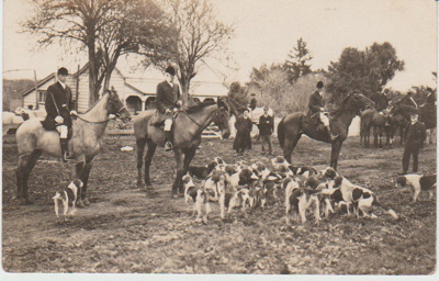 Pakuranga Hunt and hounds outside Fitzpatrick's Cottage in 1930; 1930; 2017.375.29